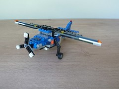 LEGO 4995 LEGO CREATOR 3 in 1 Cargo Copter Propeller Plane (2/3) (Totobricks) Tags: make airplane lego howto vehicle instructions creator build 3in1 propeller plaine propellerplane legocreator cargocopter totobricks lego4995