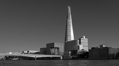 Reaching Up | The Shard (James_Beard) Tags: shard theshard london londonbridge blackwhite bw sonyrx100m3 rx100 thames sunnyday bright touristshot