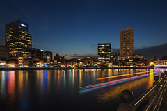 Boat trails (elenaleong) Tags: le boatquay singaporeriver bluehour elenaleong boattrails
