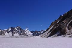 Snow Lake: Snow slopes (Shahid Durrani) Tags: snow lake trek biafo glacier karakorams gilgit baltistan pakistan