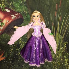 image (Szielo) Tags: doll disney pascal limited edition rapunzel disneystore tangled 17inch