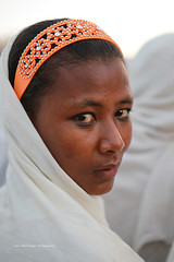 thiopienne a Lalibela (jmboyer) Tags: voyage africa travel portrait tourism face canon photography eos photo yahoo flickr photos retrato picture viajes lonely lonelyplanet ethiopia canoneos gettyimages nationalgeographic afrique 6d eastafrica googleimages etiopia ethiopie googleimage go googlephotos etiopija impressedbeauty photoflickr afriquedelest canon6d photosflickr canonfrance photosyahoo imagesgoogle photogo nationalgeographie jmboyer photosgoogleearth ftedetimkat eth1945