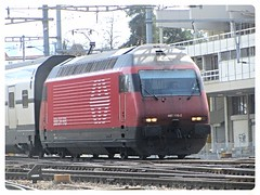 SBB CFF FFS, Re 460 109-2 (v8dub) Tags: railroad 2 station train schweiz switzerland suisse gare eisenbahn railway zug bahnhof loco sbb locomotive re fribourg freiburg bahn treno trein 109 ffs lokomotive pininfarina lok 460 cff