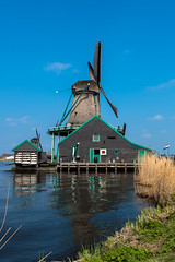 Windmühle - Sägerei (swissgoldeneagle) Tags: brown holland netherlands windmill d750 braun zaanseschans noordholland niederlande zaandam windmühle windmuehle