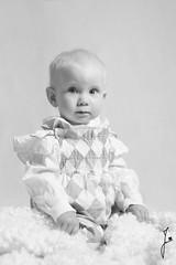 Goddaugter (jannaheli) Tags: suomi finland helsinki studio kotistudio homestudio nikond7200 valaisu strobist lapsi tytt child girl babygirl goddaughter kummitytt mv bw mustavalkonen blackwhite potretti portrait