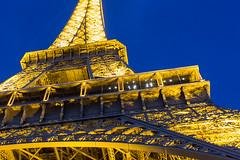 Paris_04 (albertoluc) Tags: france parigi paris toureffeil champsdemars