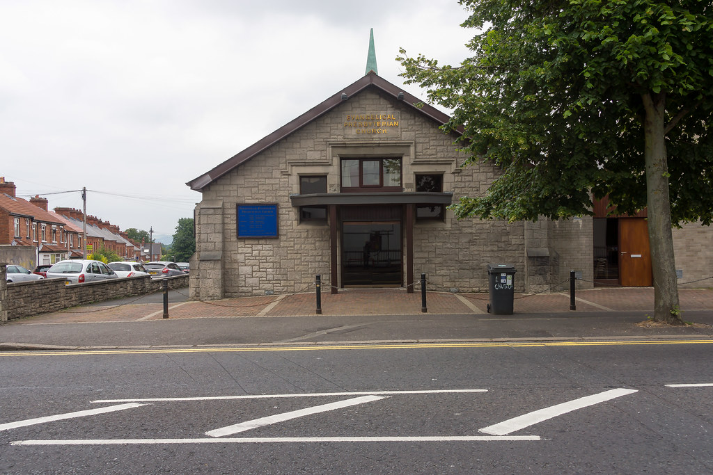 Stranmillis Evangelical Presbyterian Church  REF-102876
