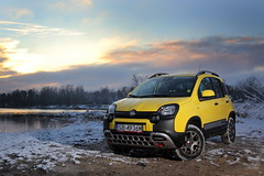 Fiat Panda Cross (syndrom) Tags: winter snow car yellow italian panda cross offroad 4x4 fiat poland polska 4wd vehicle suv zima nuova zegrze crossover snieg mazovia mazwosze