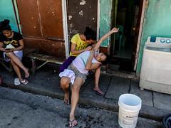 under arm plucking L1230833 (rafhuggins) Tags: leica arm philippines under cebu plucking