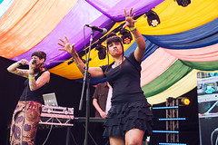 Alternative Dubstep Orchestra @ Mostly Jazz Festival 3 (preynolds) Tags: concert gig livemusic dof canon5dmarkii mark2 raw tamron2470mm frontwomen singer singing stagelights stage violinplayer handsup hiphop festival birmingham counteractmagazine noflash moseley moseleyprivatepark mostlyjazz2016