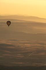 Ballooning in Cappadocia (C McCann) Tags: hot sunrise dawn flying aviation air balloon flight cappadocia daybreak goreme kapadokya turnkey ballooningincappadocia