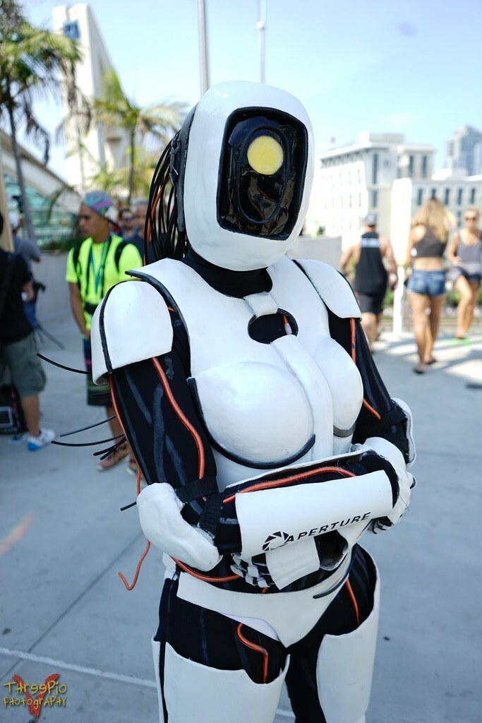 The World S Best Photos Of Robot And Sdcc Flickr Hive Mind