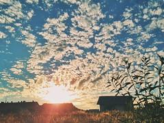 Summertime (Ivan_Fle) Tags: summer sky atardecer samsung valladolid filter galaxy cielo verano laflecha vsco galaxys6edgeplus