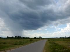 Before the rain! (A. Meli) Tags: road summer cloud nature rain clouds landscape rainyday outdoor sommer wolken termszet es felh regen tjkp t felhk nyr strase szabadban drausen felhs dienatur essnap landschafstbild
