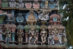 Carvings on Main Temple Gopuram (VinayakH) Tags: halasurusomeshwaratemple bangalore india ulsoor chola vijayanagaraempire kempegowda hindu shiva temple hinduism