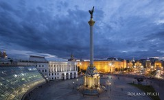 Kiev - Maidan (Rolandito.) Tags: kiew kiev ukraine maidan majdan meydan   blue hour dusk twilight evening abend