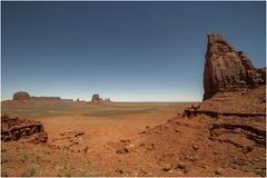 Monument Valley 0004 (Ezcurdia) Tags: monumentvalley utah arizona usa eeuu navajo tsebiindisgaii limolita navajotrivalpark johnfordpoint