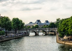 Evening on the Seine (BAN - photography) Tags: bridge trees people seine buildings river boat louvre tourists riverwalk pontneuf iledelacite