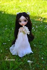 Blanche-neige (~Louna~) Tags: girl garden jardin wig pullip poison snowwhite poisongirl blancheneige iria obitsu fairyfaery