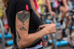 Fixed Gear Cycling ..and Tattoos (Fabrizio Malisan Photography @fabulouSport) Tags: 8bar samisauri 9july2016 bici bicycles bikerace ciclismo cycling cyclingevent cyclingevents cyclingrace event fabriziomalisanphotography fixedgear fixedgearbicycles fixedgearbikes fixie fixiebikes greenwich greenwichpeninsula london london2016 londra o2 pignonfixe redhook redhookcrit redhookcritlondon redhookcritlondon2016 redhookcriterium redhookcriteriumlondon redhookcriteriumlondon2016 scattofisso uk velo fabulousport 2016 tattoo arm girl girls cyclist ciclista community cool trendy fashion life lifestyle moda mode clothing kit dtswiss cyclingteam warmup rollers tacx tacxrollers tacxperience tatuaggio tatuaggi braccio cyclisme modern moderna donna attire sport sports sportswear bike wear sportsclothing