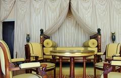 La chambre de l'Empereur -- Malmaison. (elisabeth D.) Tags: napolon malmaison chteaudemalmaison