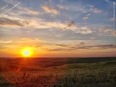 Sunset in the Flint Hills, 23 July 2016 (photography.by.ROEVER) Tags: kansas wabaunseecounty usa flinthills skylineroad sunset landscape evening summer 2016 july july2016 prairie tallgrassprairie grassland