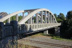 Pessemiersburg, Ronse (Erf-goed.be) Tags: pessemiersbrug brug boogbrug ronse archeonet geotagged geo:lon=35976 geo:lat=507409 oostvlaanderen