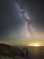 Milky Way Rising Over Durdle Door (mpelleymounter) Tags: milkyway darksky dorsetlandscape dorsetseascape durdledoor markpelleymounter asto astrotracker staradventurer skywatcher nightsky nighttime stars