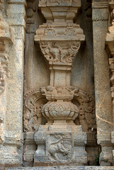 Bearded Man/Lion Hybrid (VinayakH) Tags: talakad karnataka india temple hindu chola gangadynasty hoysala carvings vaidyeshvara kirtinarayana