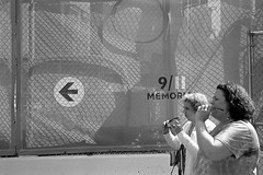 Untitled (shudaizi) Tags: developer usa leicasummicron35mmf20asph lens northamerica 911memorial ap400 35mm film aristapremium400 thorntontwobath places bw 2012 nyc blackandwhite m6 newyork newyorkcity