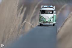 13 Windows (Jeremy J Saunders) Tags: volkswagon bus van nikon d800 jeremyjsaunders jjs retro