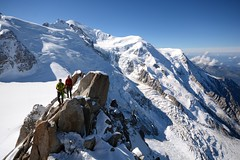 Enfin là-haut ! (jean paul lesage) Tags: montblanc chamonix aiguilledumidi glaciers alpes alps alpinisme alpinistes