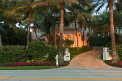 Palm Beach Glory (GRO Photography) Tags: pink flowers evening mansion beachhouse