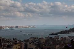 IMG_7947 (VDprisma) Tags: sea sky clouds canon turkey landscape boat cityscape istanbul 5d fullframe istiklal tr bosporus vosporos f4l konstantinople 24105mm ef24105mm constantinoupoli 5dmarkiii