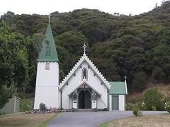 "Eglise Akaroa <a style=""margin-left:10px; font-size:0.8em;"" href=""http://www.flickr.com/photos/83080376@N03/16759120661/"" target=""_blank"">@flickr</a>"
