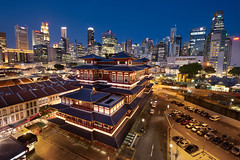 ~ Challenge ~ (Tan Andy (Sorry if I did not reply)) Tags: distortion temple singapore chinatown bluehour hdb buddharelictemple