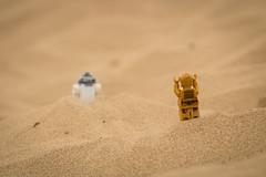 R2! Where are you going?! (David Lim) Tags: lego batman rey star wars r2d2 bb8 c3po beach wonder woman jawa