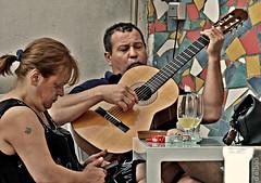 Manolito canta, Maica aguanta. (Franco DAlbao) Tags: francodalbao dalbao fuji retrato portrait manuel maica msico musician tango argentina bar robado candid guitarra guitar msica music amigos frieds manolitopereyra