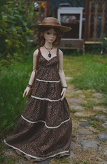 In the countryside (hoe-nir) Tags: zaoll luv hat dollmore dress bjd
