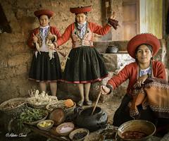 Cuzco, Per (hectoR condE) Tags: chinchero peru tejedoras tejidos viajes hilados teido hilado 2013 d7000