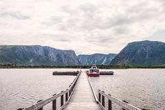 western brook pond pier (-liyen-) Tags: westernbrookpond lake pier boat fjords grosmorne newfoundland summer fujixt1 challengeyouwinner
