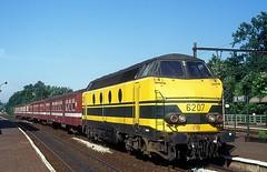 6207  De Pinte  29.06.93 (w. + h. brutzer) Tags: depinte 62 eisenbahn eisenbahnen train trains railway diesellok dieselloks belgien lokomotive locomotive zug sncb webru analog nikon