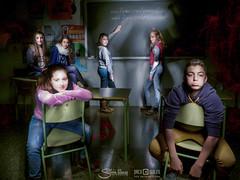 Bienvenidos a clase (Silvia Illescas Ibáñez) Tags: niños nocturna fotografia marzo clase alumnos oscuridad 2015
