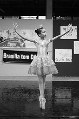 Mexa-se_ultimas_apresentacoes-217 (Delma Eliane) Tags: brazil ballet braslia brasil photography photo dance ballerina foto dancer fotografia dana bailarina delmacarneiro delmacarneirofotografia delmacarneirofotografiaemarte delmacarneirophotoart brasliatemdana