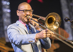 Delfeayo Marsalis & The Uptown Jazz Orchestra at Jazz Fest 2015, Day 5, May 1