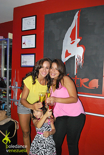 """Inauguración Elektra Pole Dance • <a style=""""font-size:0.8em;"""" href=""""https://www.flickr.com/photos/79510984@N02/16992668823/"""" target=""""_blank"""">View on Flickr</a>"""