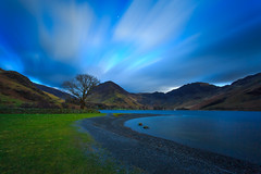 Buttermere Trees Long Exposure (capturedcanvas.co.uk) Tags: chris trees lake mountains tree canon lens big long exposure 10 district captured smith canvas stop cumbria buttermere stopper 6d 1740l