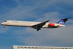 LN-RMT SAS Scandinavian Airlines McDonnell Douglas MD-82 London Heathrow (rmk2112rmk) Tags: london plane airport