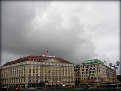 Four Seasons hotel, Geneva, Switzerland (Wagsy Wheeler) Tags: cloud storm rain clouds hotel switzerland geneva geneve swiss fourseasons fourseasonshotel suiss hoteldesbergues lesbergues fourseasonshoteldesbergues