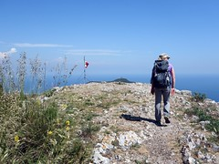 "Arriving on the summit • <a style=""font-size:0.8em;"" href=""http://www.flickr.com/photos/41849531@N04/17360132378/"" target=""_blank"">View on Flickr</a>"